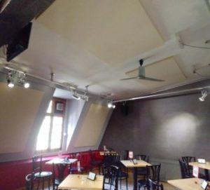 Onopvallende plafondpanelen